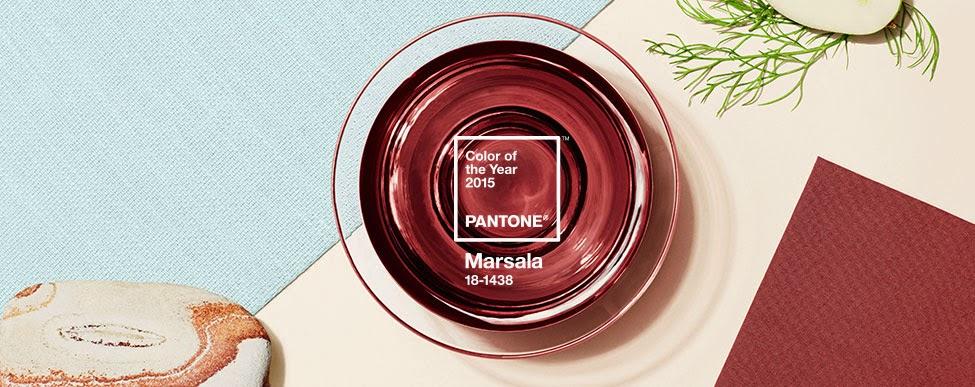 cor do ano de 2015 Marsala (Pantone 18-1438)