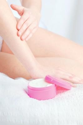 Cosméticos interferem na reologia da pele e tribologia da pele.
