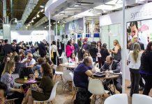 interação do público na in-cosmetics Latin America