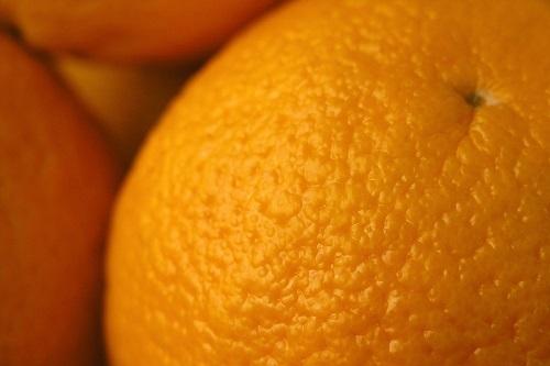 A pele com celulite pode ser comparada a casca de uma laranja celulite Celulite: o que é? POST 20171206 celulite